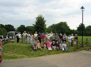 Description: Description: Description: Description: Presentation to Yate Rotary Nov 2007 004